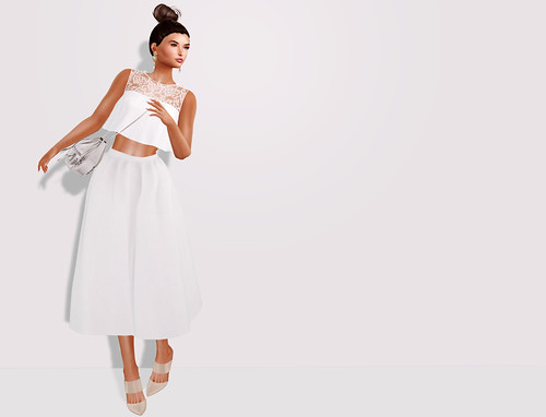 DeuxLooks - bright whites | by Gillian Waldman
