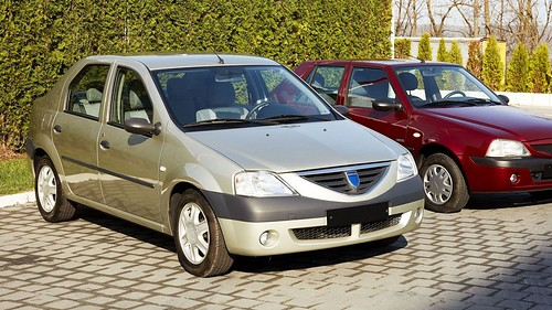 Dacia Logan (2004) | by automedia_mk