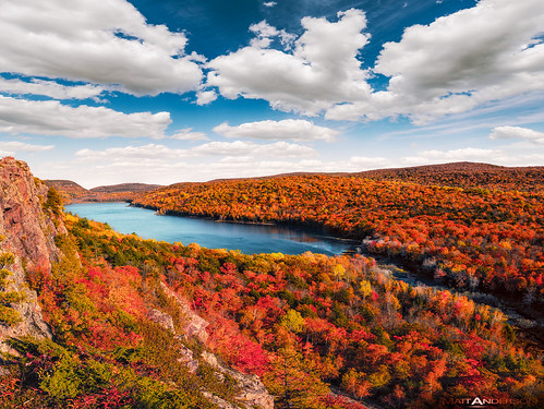 Lake of the Clouds in Fall | by Matt Anderson Photography