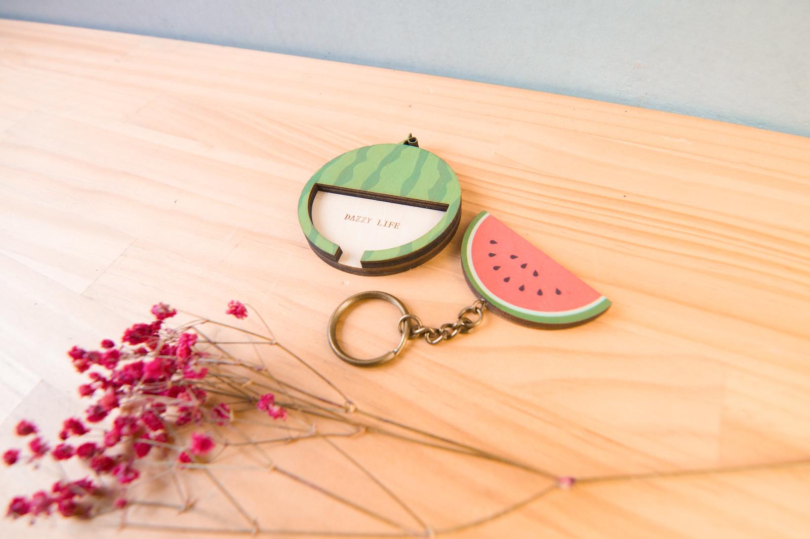 鑰匙圈 客製化 禮物 特色產品 居家 台灣設計 生日 情人節 動物 療癒 夏天 綠色 水果 聖誕節 收納 裝飾 吊飾 送禮 中性 木 楓木 胡桃木 鑰匙