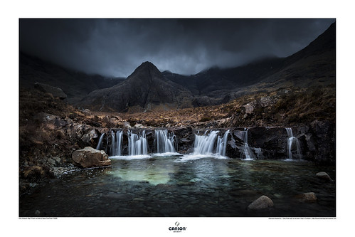 Fairy Pools walk on the Isle of Skye in Scotland | by www.antoniogaudenciophoto.com