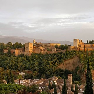 Holà Espana! So much beauty to welcome us! #granada #spain #alhambra #sunset | by Scalino
