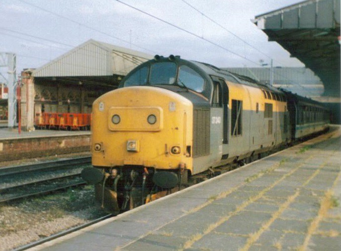 ... 37240 at Crewe summer 1995   by 37686