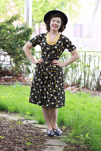 1940s blue and yellow abstract print dress | by polka.polish