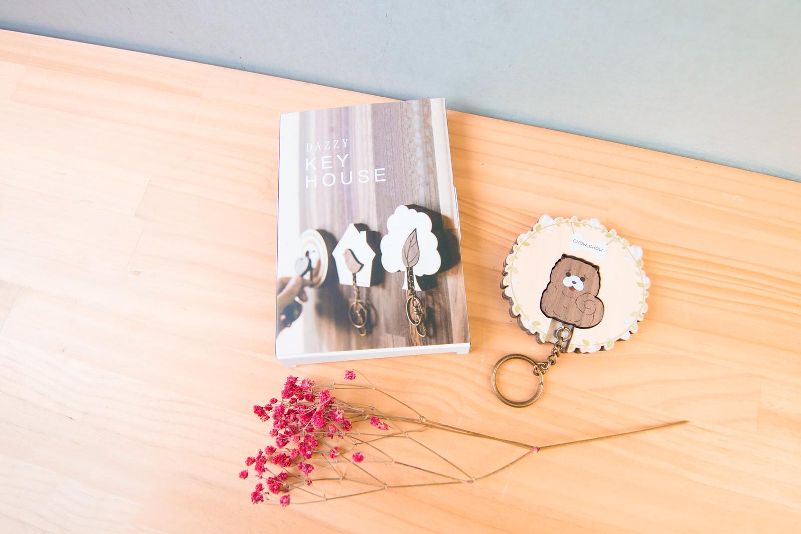 鑰匙圈 客製化 禮物 特色產品 居家 台灣設計 生日 情人節 動物 療癒 狗 聖誕節 收納 裝飾 吊飾 送禮 中性 木 楓木 胡桃木 鑰匙