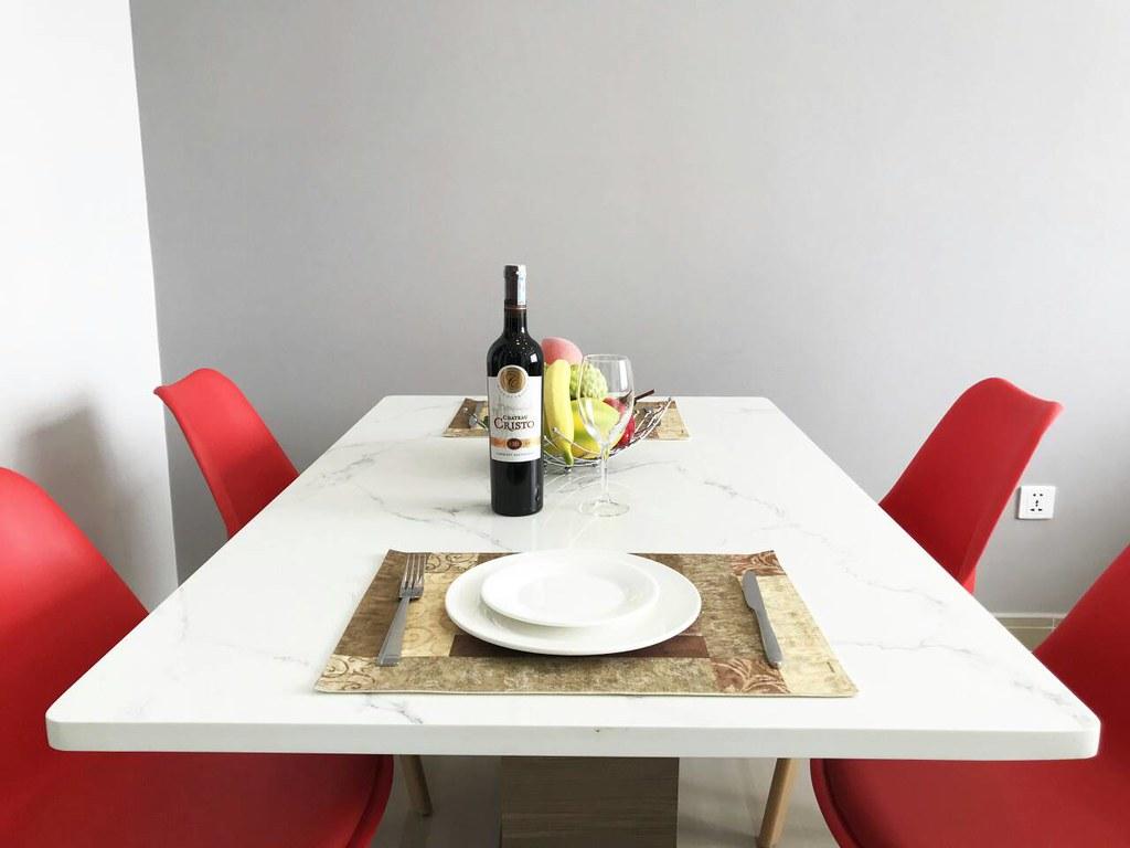 bàn ăn