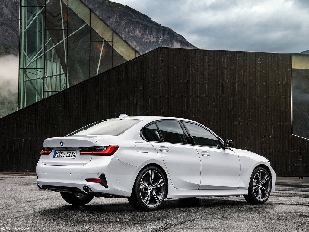Bmw Serie 3 2019 >> Bmw Serie 3 2019 Lire L Article Nathan Pluskessa Flickr