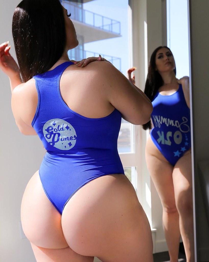 Playboy Playmate Cassandra Lynn Hensley Nude