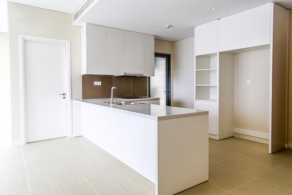 Thiết bị nội thất nhà bếp tại Diamond Island tòa Bahamas bao gồm tủ bếp, bếp, máy rửa chén, lò nướng hiệu Bosch