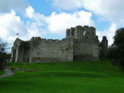 Oystermouth Castle | by helenoftheways