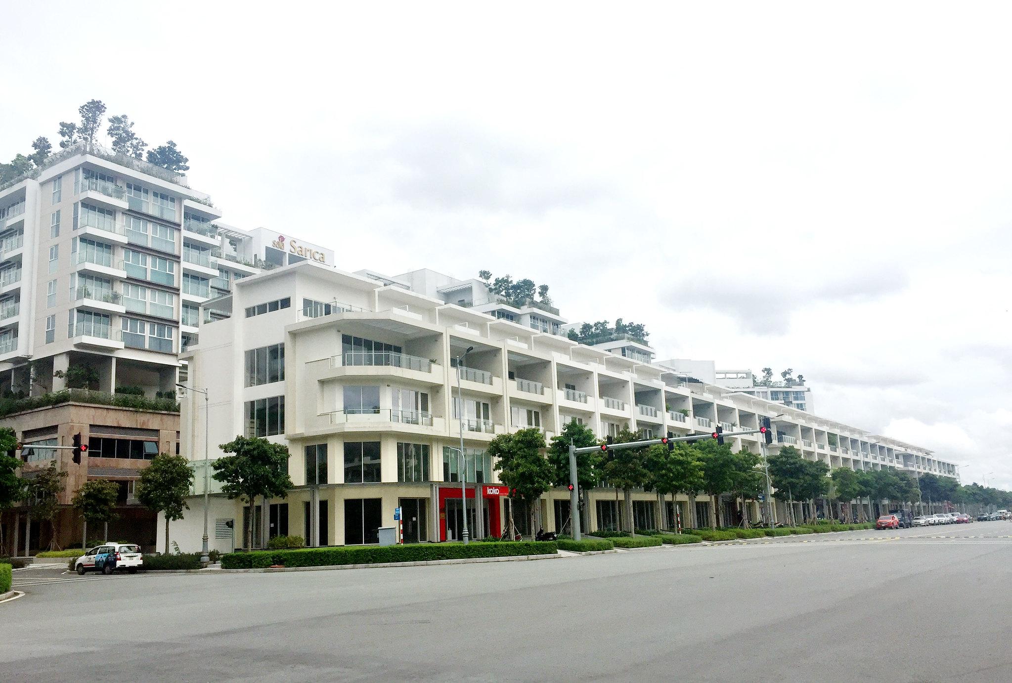 Căn shophouse có 2 mặt tiền kinh doanh được, mặt trước đường Nguyễn Cơ Thạch, mặt sau về khu căn hộ cao cấp nhất tại Sala - Sarica