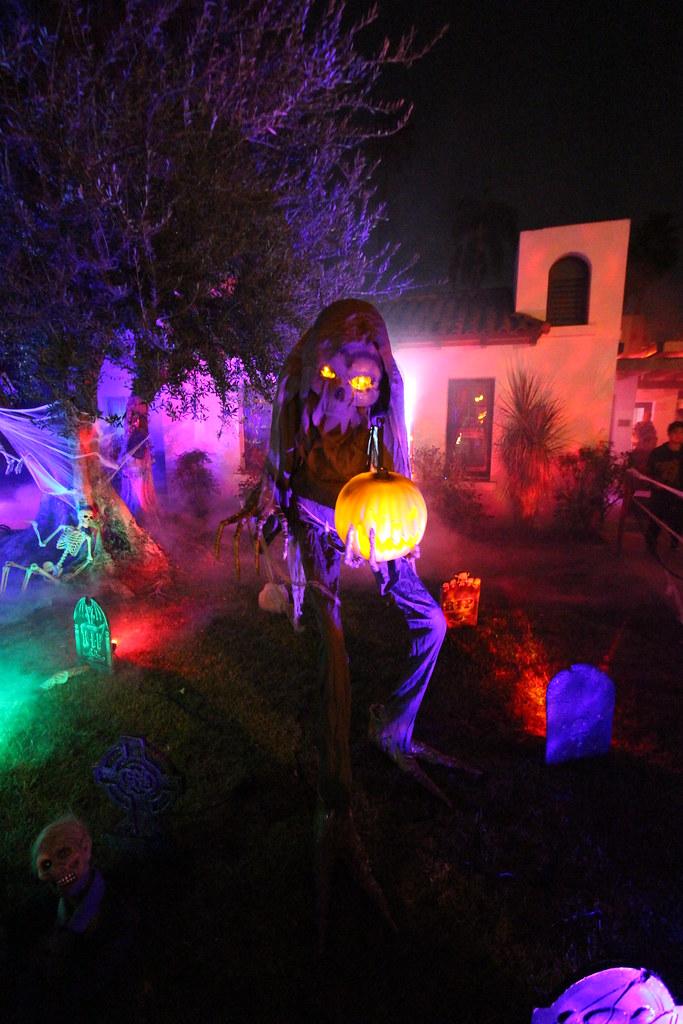 Halloween Yard Displays Anaheim Halloween Anaheim Ca 10 Flickr