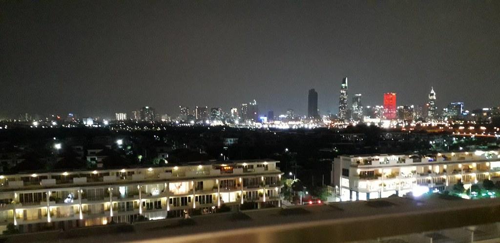 Căn hộ View trực diện thành phố rất đẹp