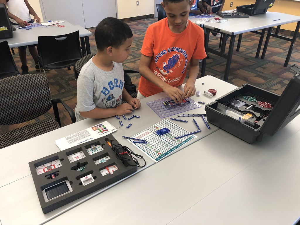 Stem Club Snap Circuits Eatonville Branch Flickr What Are By