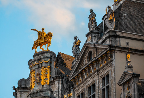 Golden equestrian sculpture on the the Grand Place. | by TheViewDeck