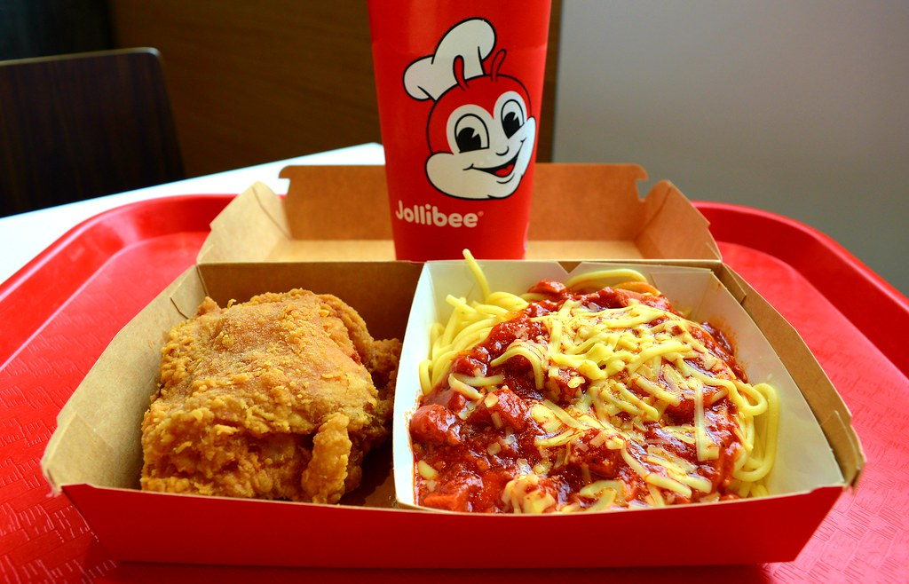 Jollibees Signature Fried Chicken Spaghetti Meal T Flickr