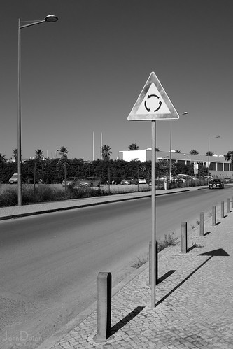 roundabout | lagos | portugal | by John FotoHouse