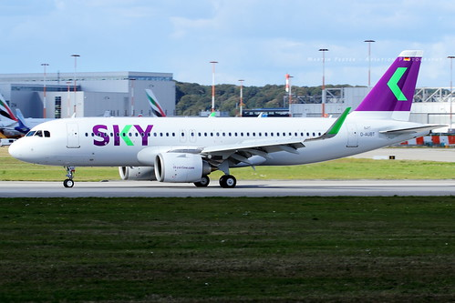D-AUBT // Sky Airline // A320-251N // MSN 8497 // CC-AZF | by Martin Fester - Aviation Photography