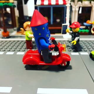 There seems to be a Rocket Powered Scooter in Studsburg today! | by GJBricks