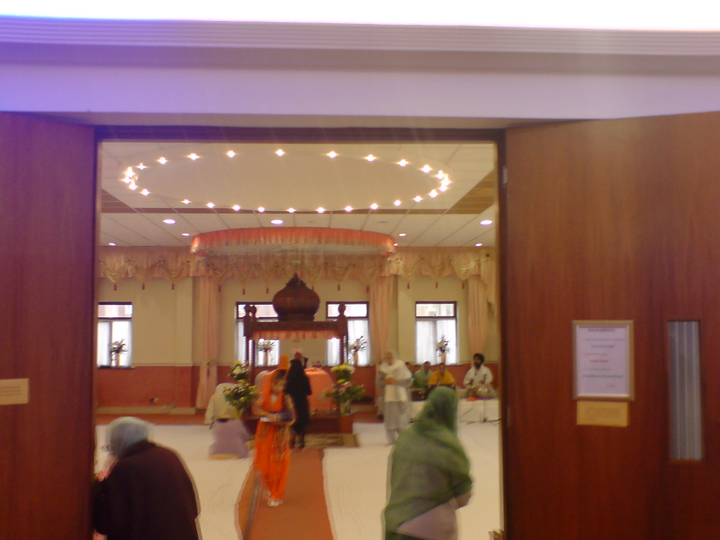 Brent Sikh Centre Gurudwara, Kingsbury, London NW9 | Flickr