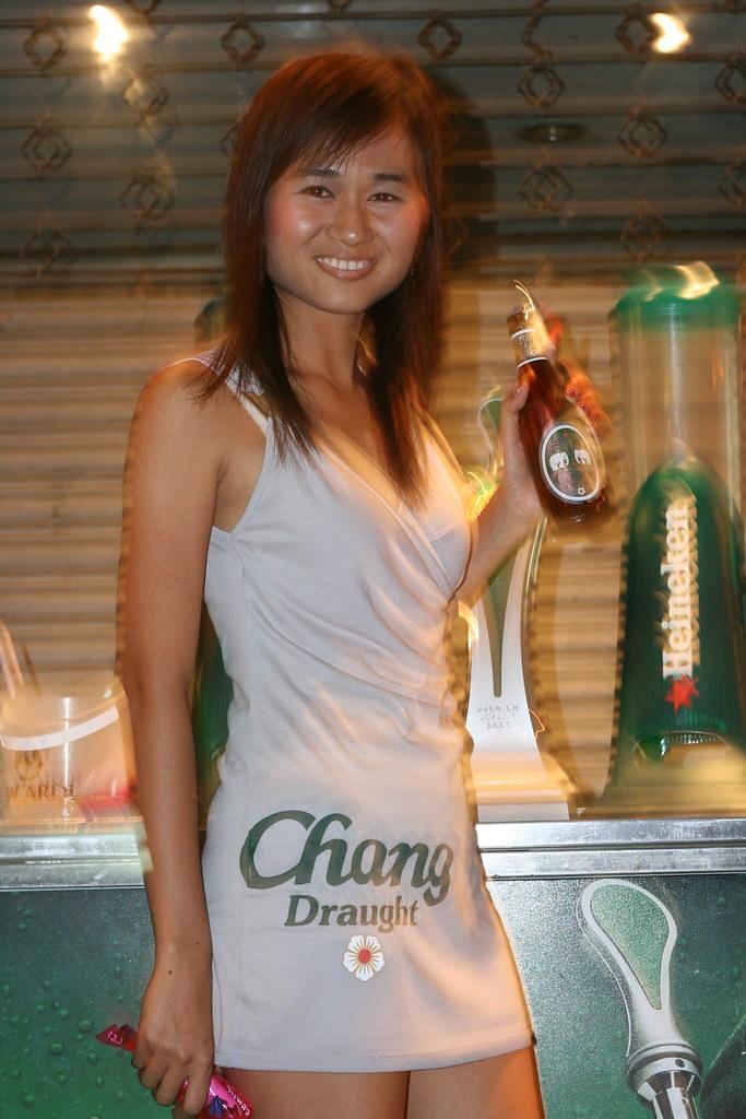 thai beer girls