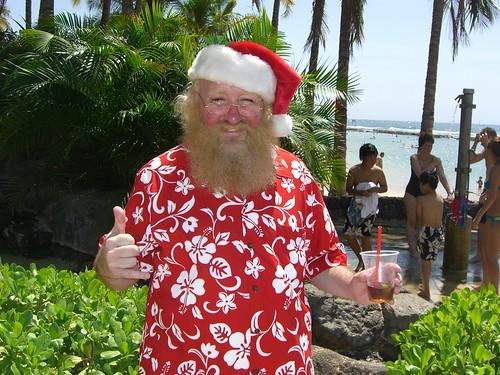 Waikiki-Santa | by Go Visit Hawaii
