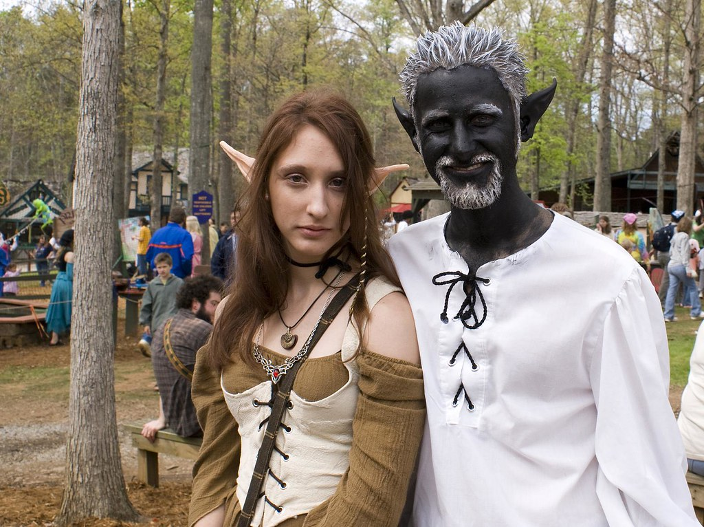 Very nice elf and drow costumes. | SONY DSC Photos from ...