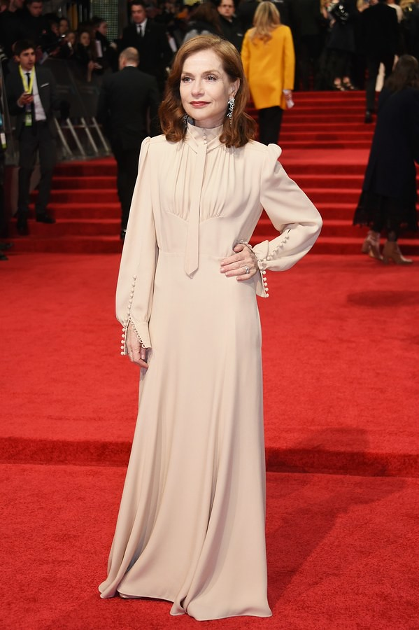 baftas-2017-red-carpet-fashion-isabelle-huppert