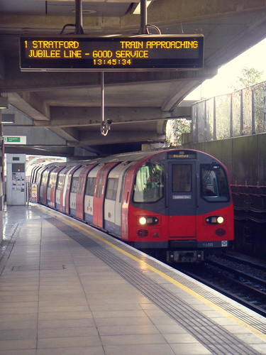 London Underground - Jubilee Line - Canning Town | A ...