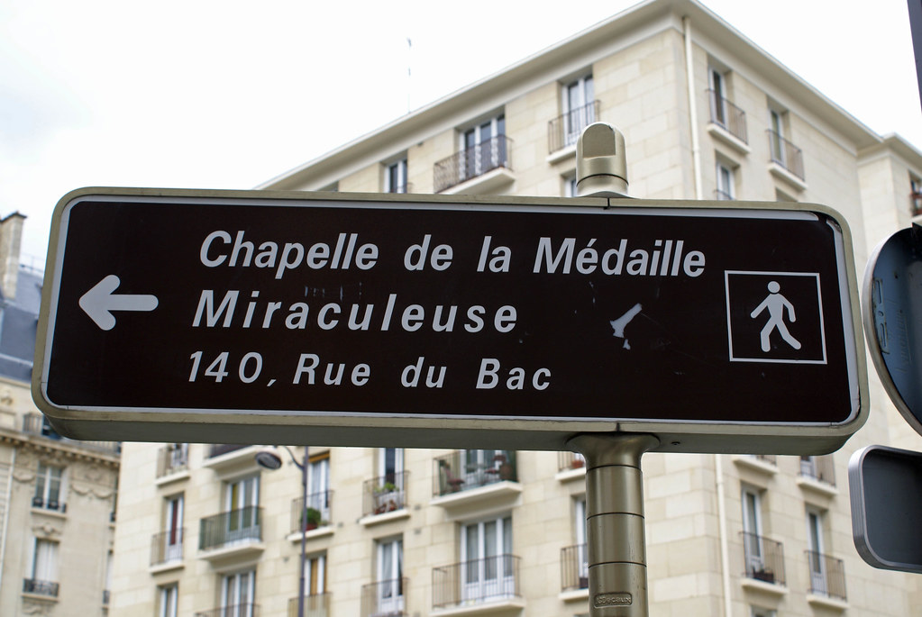 122 dc street sign to 140 rue du bac ron mead flickr. Black Bedroom Furniture Sets. Home Design Ideas