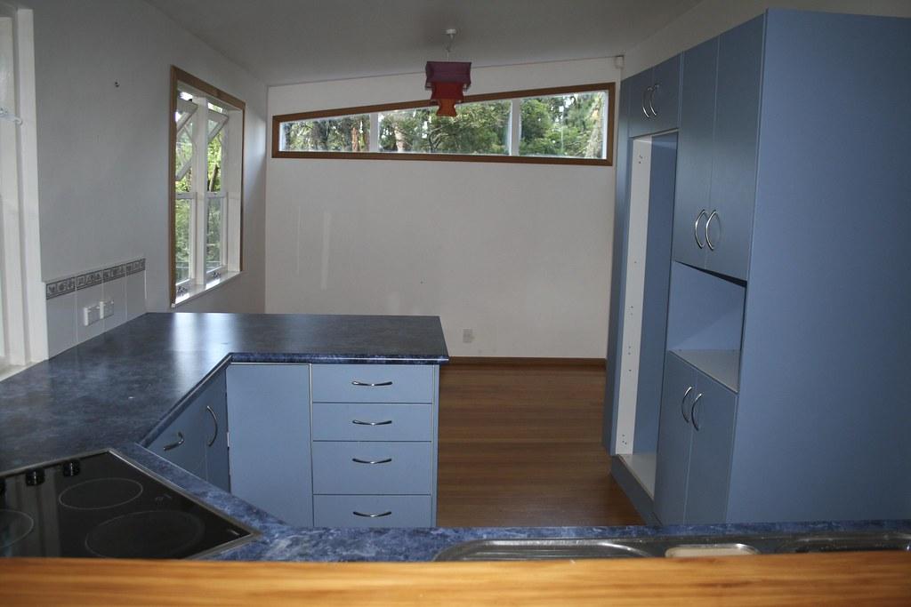 Wall Bridge Kitchen Cabinet