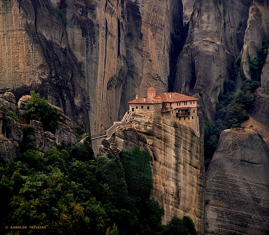 how to visit meteora monasteries