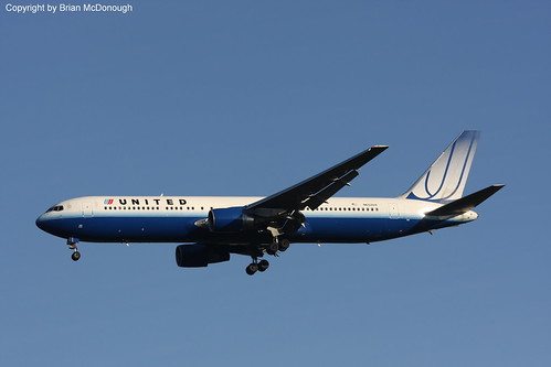 B767-3.N652UA-ncs | by Airliners