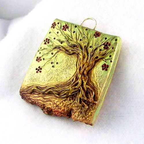 Bloom Tree Pendant | by ChickieGirlCreations