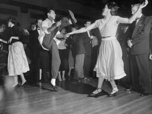 Aef E on 1940s Jitterbug Dance