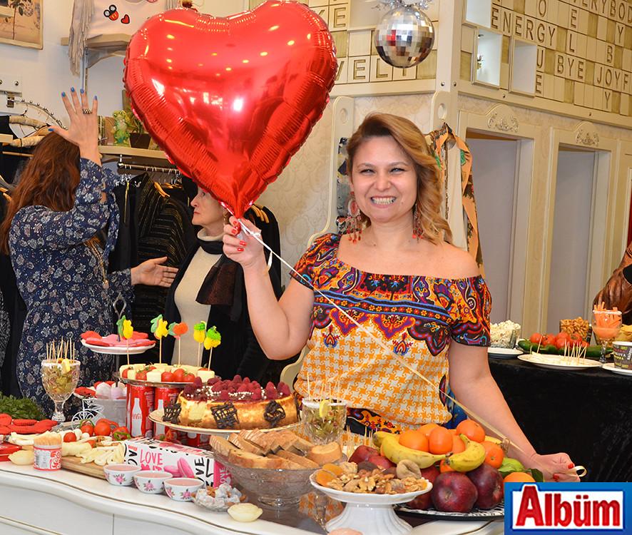Sevgililer Gününe Özel Renkli Kutlama (Derin Mağazası)5