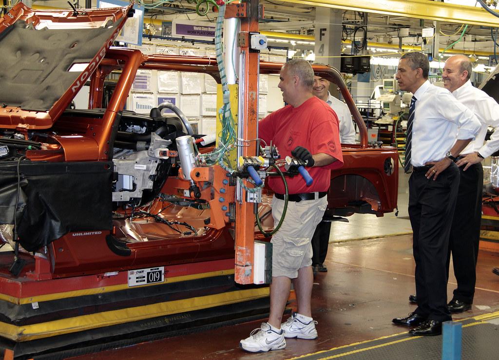 president barack obama at jeep wrangler plant toledo flickr. Black Bedroom Furniture Sets. Home Design Ideas