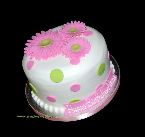 Pink Cake Design Ideas : pink daisies birthday cake Read more about our creations ...