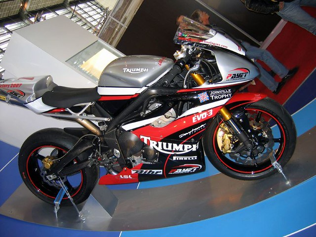 Triumph Racing Motorcycles идеи изображения мотоцикла