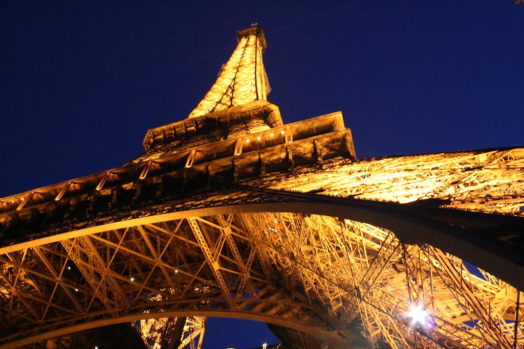 Torre eiffel vamos qui n no la conoce tuvimos la for Quien hizo la torre eiffel
