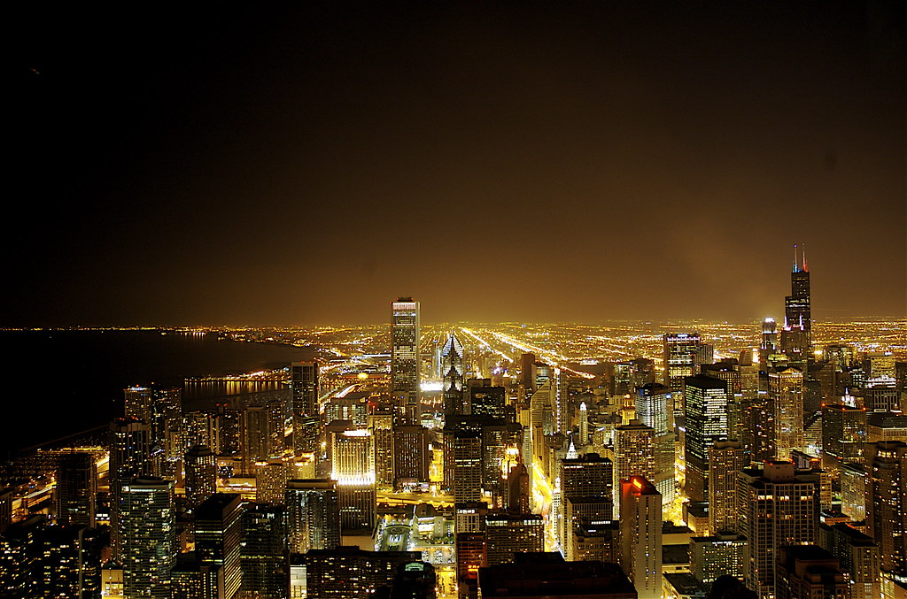 Downtown Los Angeles >> Chicago by night | The New York City skyline is awesome. I f… | Flickr