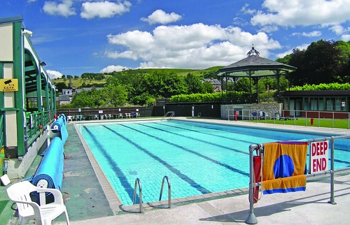 Hathersage open air heated swimming pool 1936 - Hathersage open air swimming pool ...