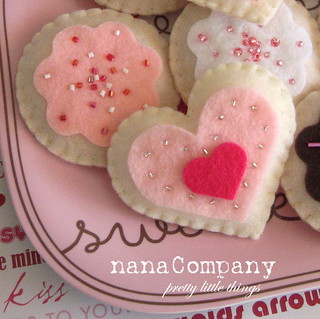 limited edition Valentine's playtime sugar cookie set | by nanaCompany