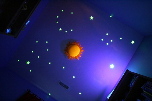 Glow In The Dark Stars On Ceiling With Black Light Flickr