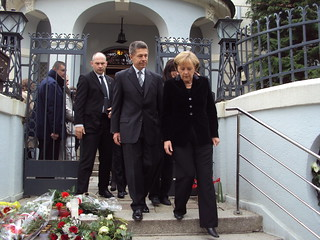 Merkel with condolences in Polish Embassy, Berlin | by kaorucerber