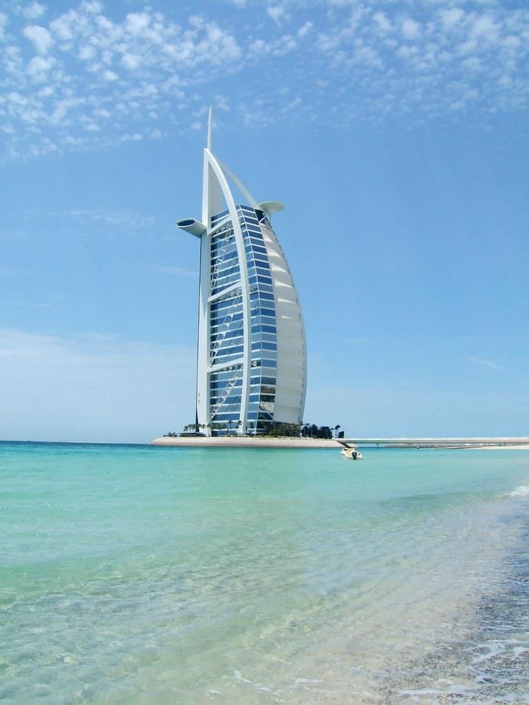 Jumeirah beach dubai with the iconic burg al arab 7 star h for The burg hotel dubai
