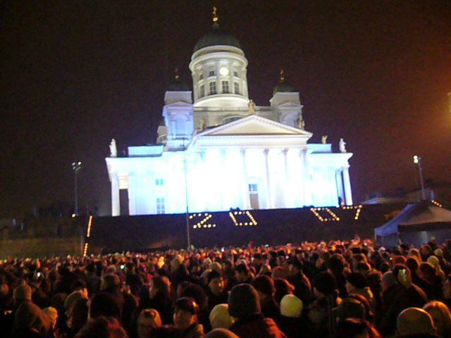 Plaza del Senado de Helsinki en Nochevieja