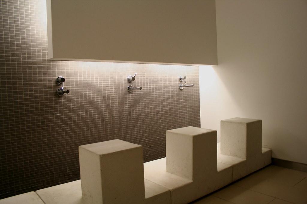 Ablution fountains multifaith centre university of tor for Bathroom centre