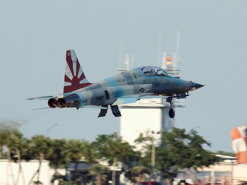 U S Navy Northrop F 5f Tiger Ii 810834 Of Vfc 111 Sun Flickr