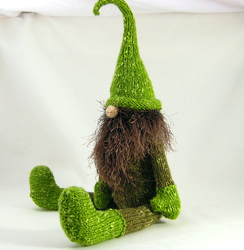 Alan Dart Free Knitting Patterns : Alan Dart Gnome side I had so much fun knitting this littl? Flickr